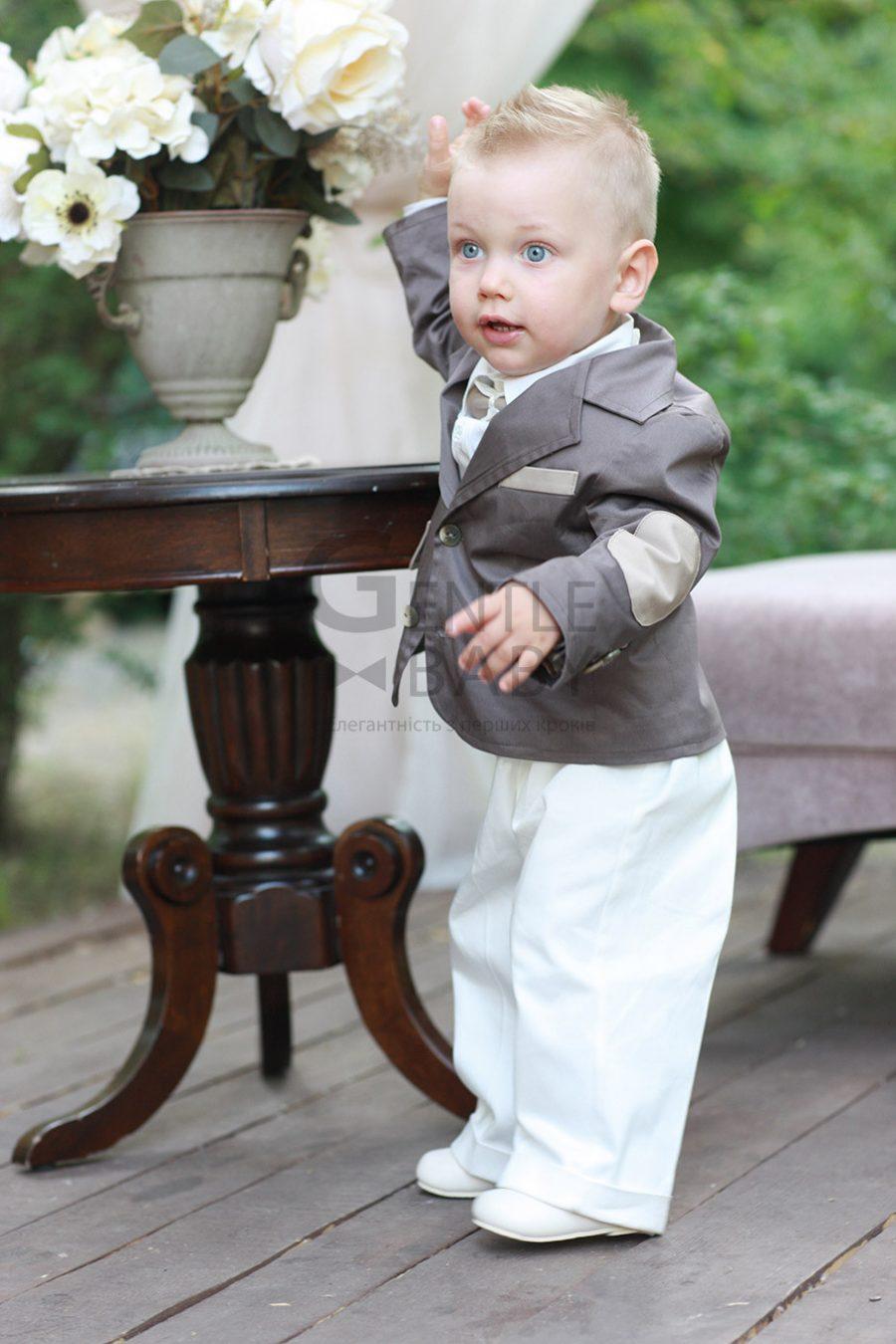 фото праздничного костюма для мальчика