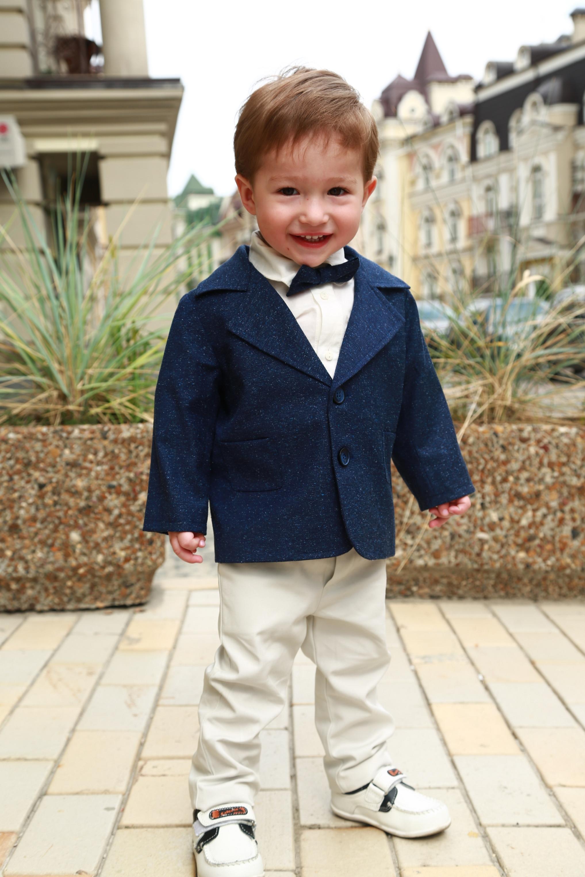 Нарядная одежда для малыша на годик