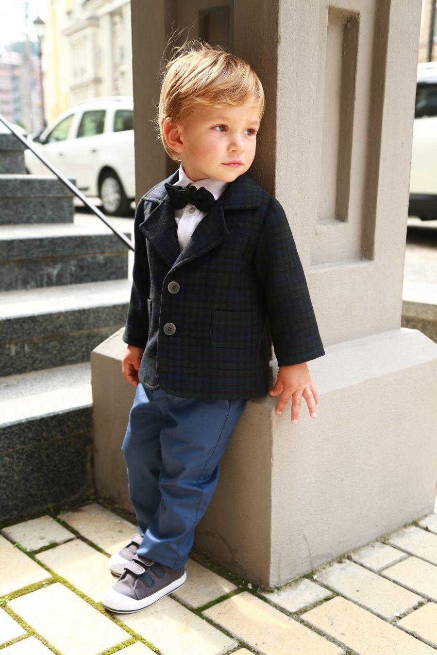 Стильный костюмы для мальчика