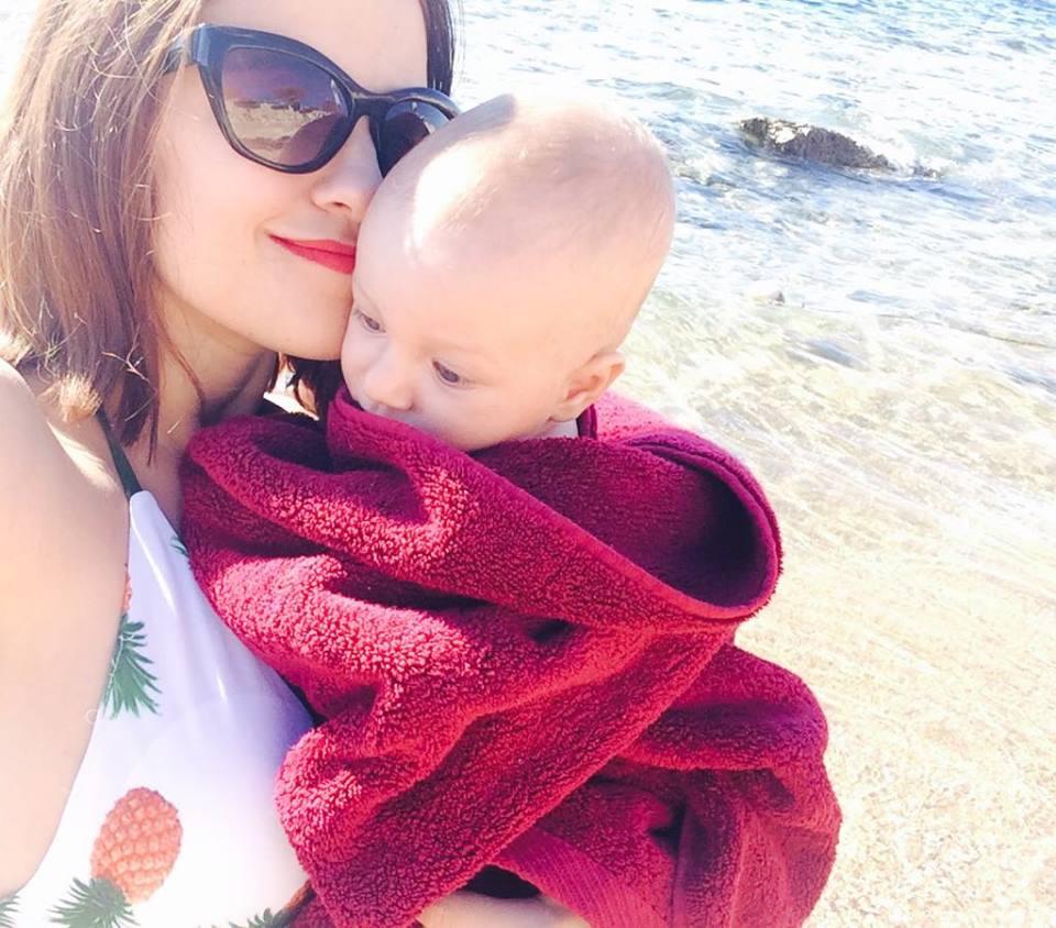 Юлия Буговская на отдыхе с сыном